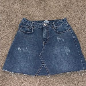 BDG URBAN OUTFITTERS JEAN SKIRT!!!!